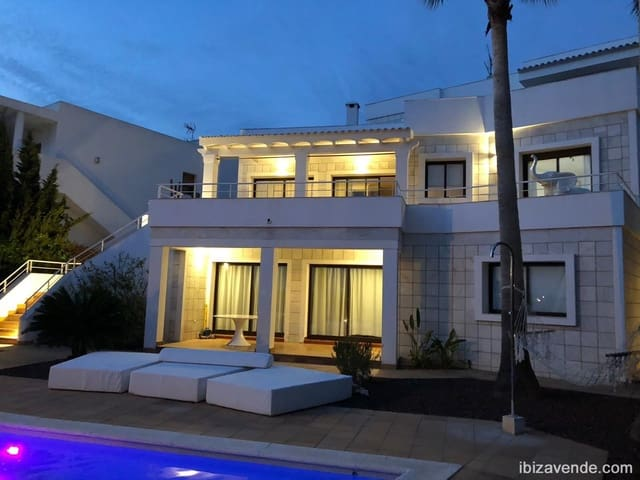 7 quarto Moradia para venda em Nuestra Senora de Jesus com piscina garagem - 1 900 000 € (Ref: 5531942)