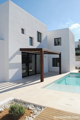 4 slaapkamer Villa te koop in Santa Eulalia / Santa Eularia met zwembad garage - € 1.600.000 (Ref: 5531944)