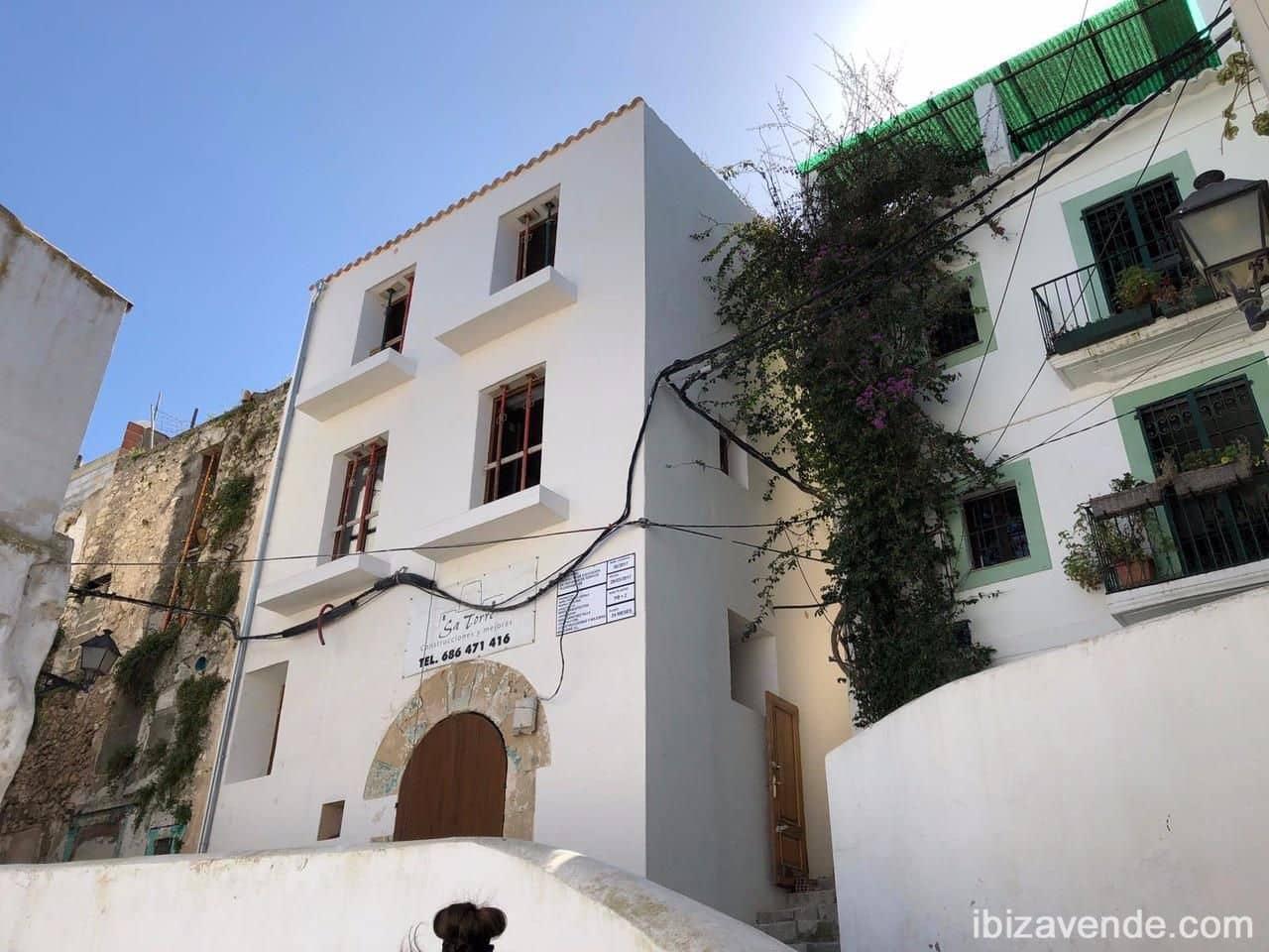 Commercieel te koop in Ibiza dorp - € 950.000 (Ref: 5545581)