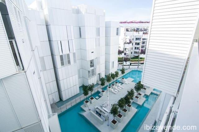 2 slaapkamer Appartement te huur in Ibiza dorp met zwembad garage - € 1.500 (Ref: 5649930)