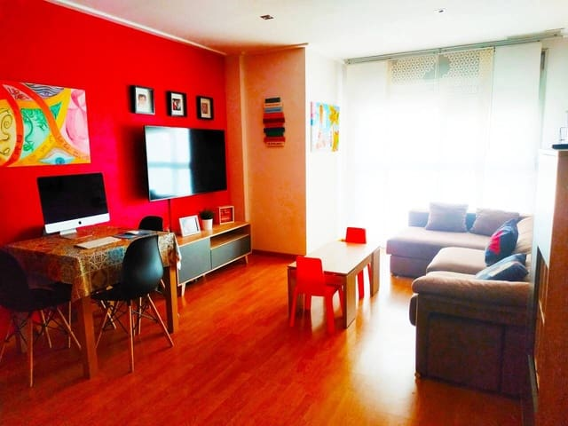 3 bedroom Flat for sale in Elche / Elx with garage - € 110,000 (Ref: 6215673)