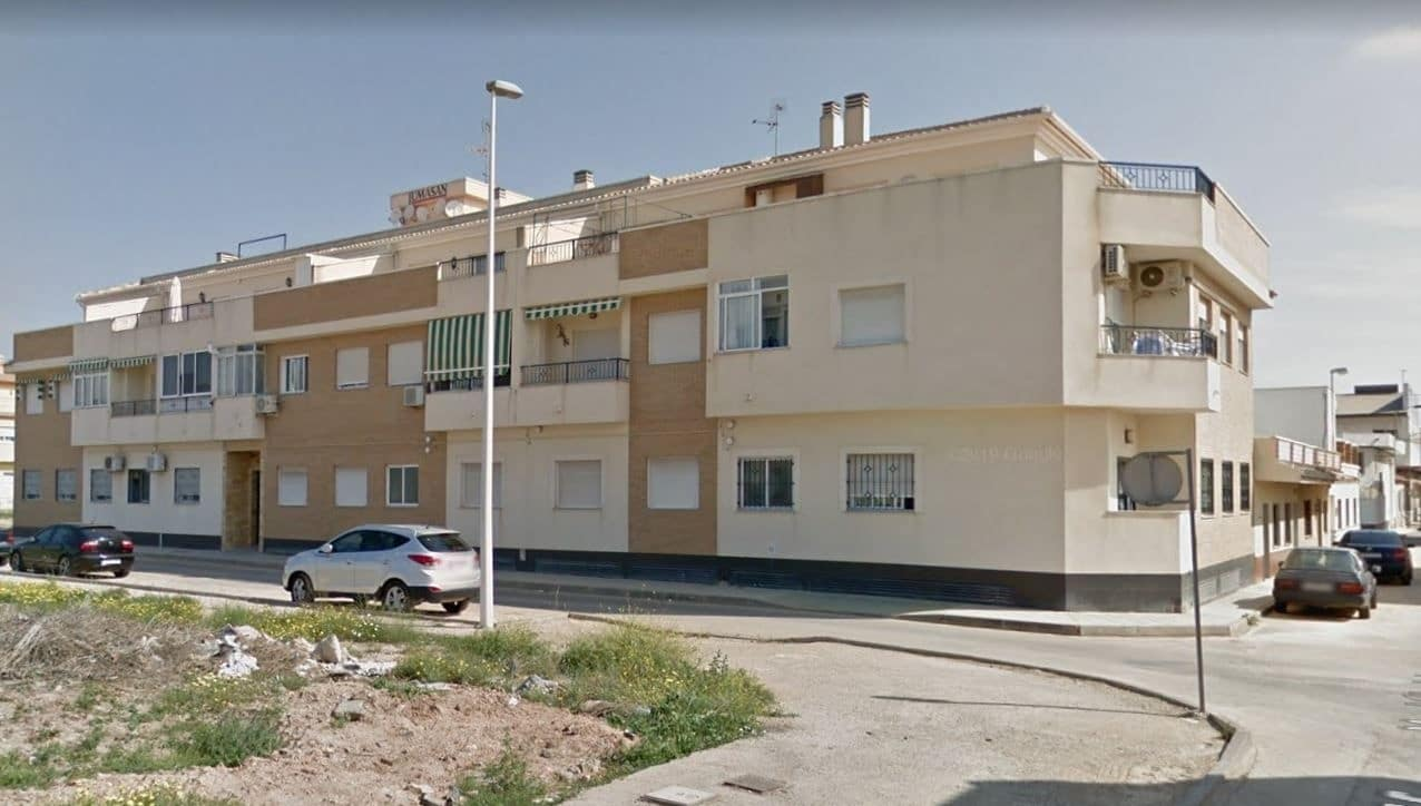 Apartamento de 3 habitaciones en Pilar de la Horadada en venta con piscina - 110.000 € (Ref: 5064473)