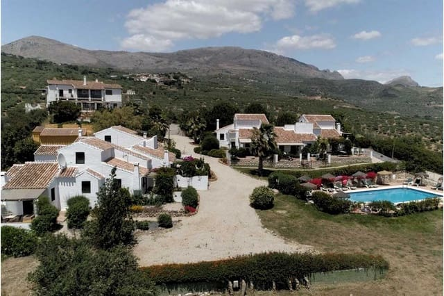 16 camera da letto Commerciale in vendita in Periana con piscina - 2.500.000 € (Rif: 4020836)