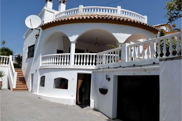 Chalet de 3 habitaciones en Mondron en venta con piscina garaje - 285.000 € (Ref: 4874159)