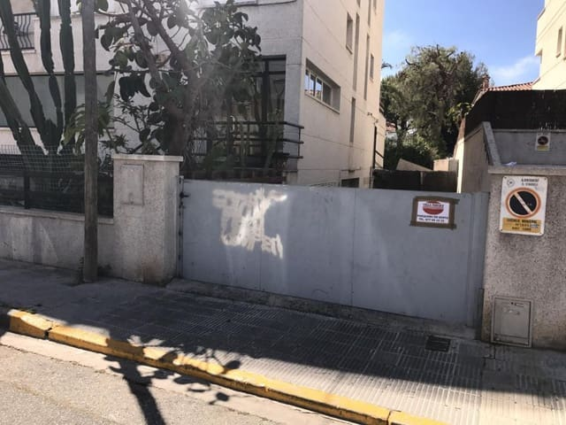 Garage à vendre à El Vendrell - 6 000 € (Ref: 5954914)