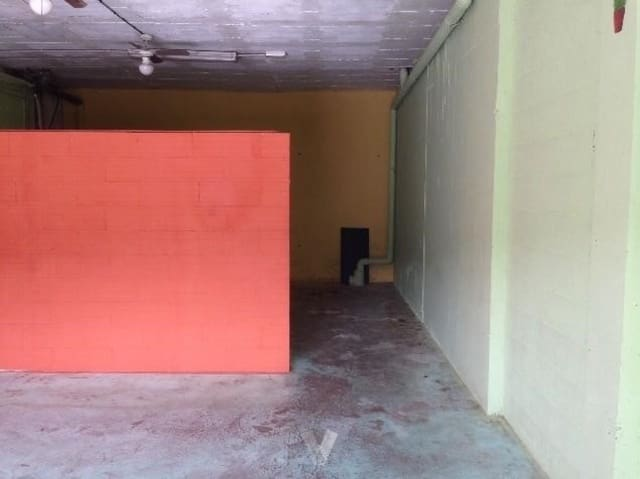 Commercial for sale in Calafell with garage - € 30,000 (Ref: 6154076)