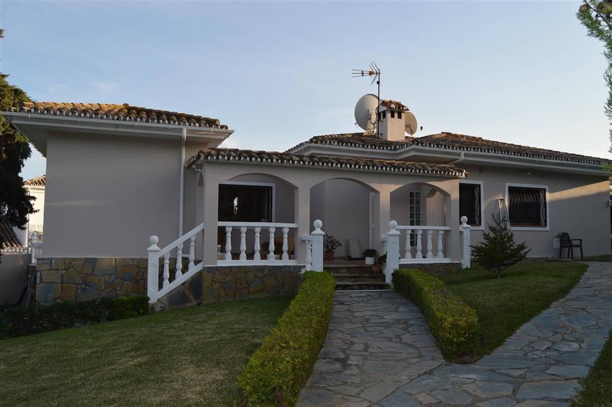 3 Zimmer Villa zu verkaufen in Manilva mit Pool Garage - 575.000 ...