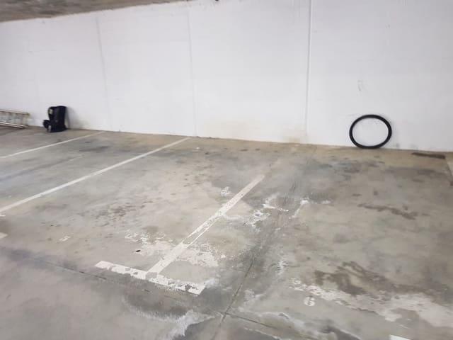 Garage till salu i La Duquesa / Puerto de la Duquesa - 9 000 € (Ref: 5251989)