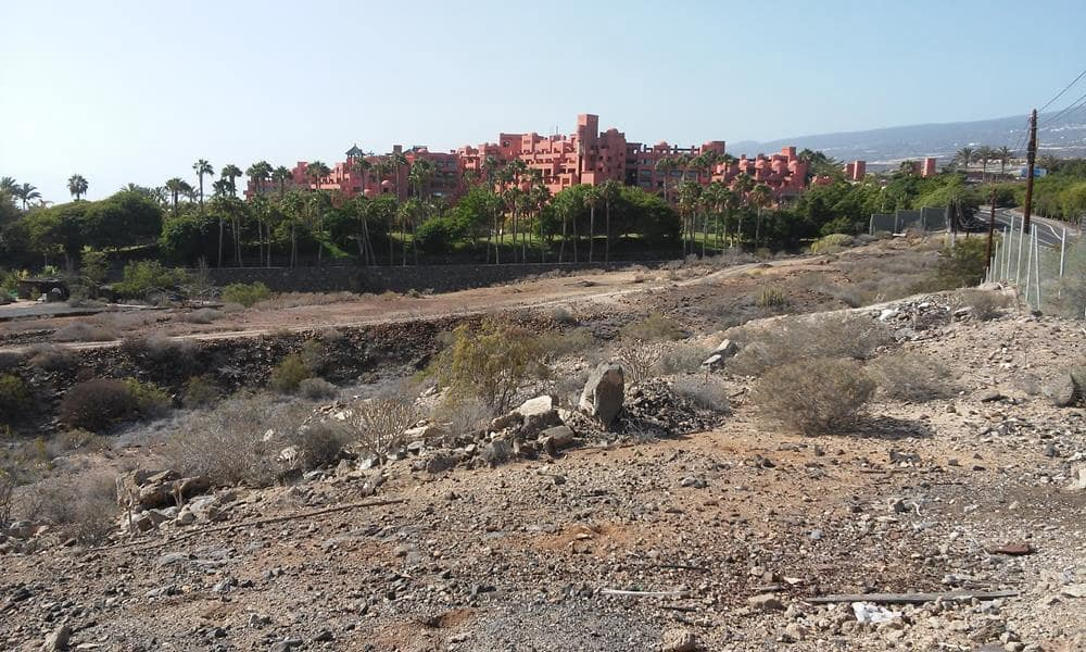 Ubebygd land til salgs i Guia de Isora - € 4 600 000 (Ref: 5733861)
