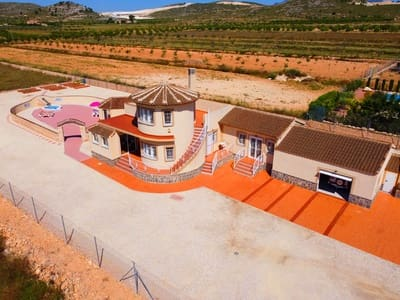 4 bedroom Villa for sale in Pinoso with pool - € 199,994 (Ref: 3248702)