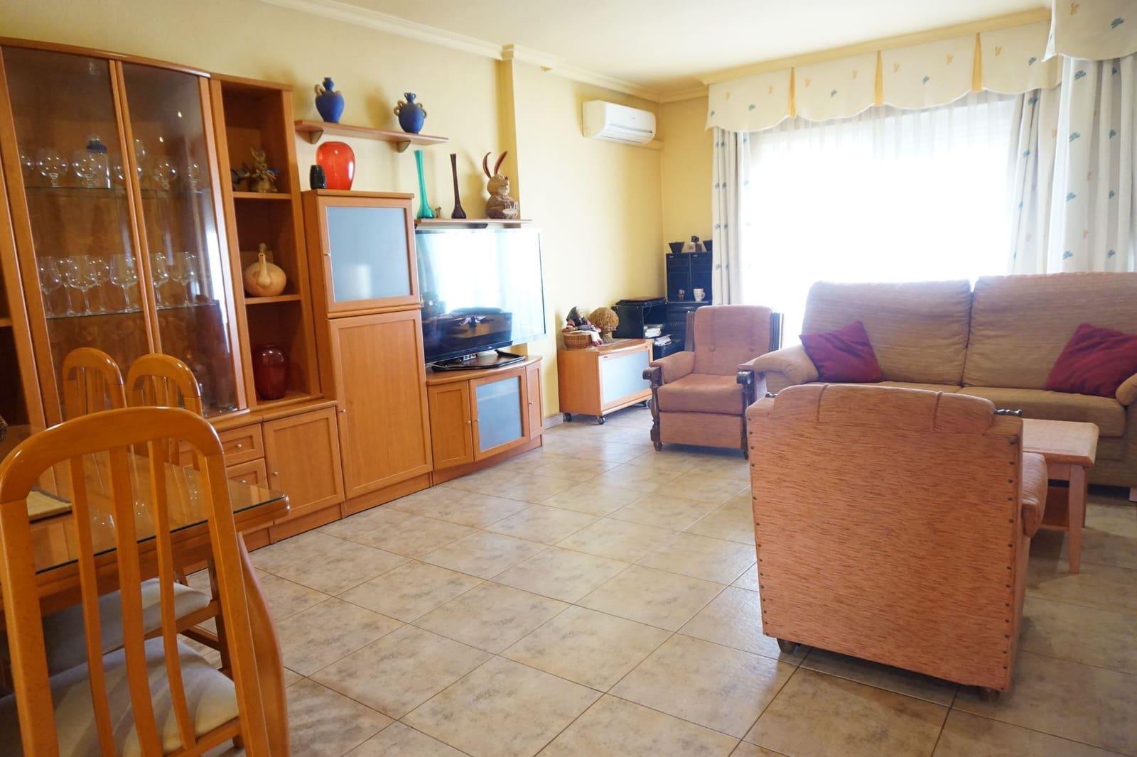 Casa de 3 habitaciones en Orihuela en venta - 86.000 € (Ref: 4486655)