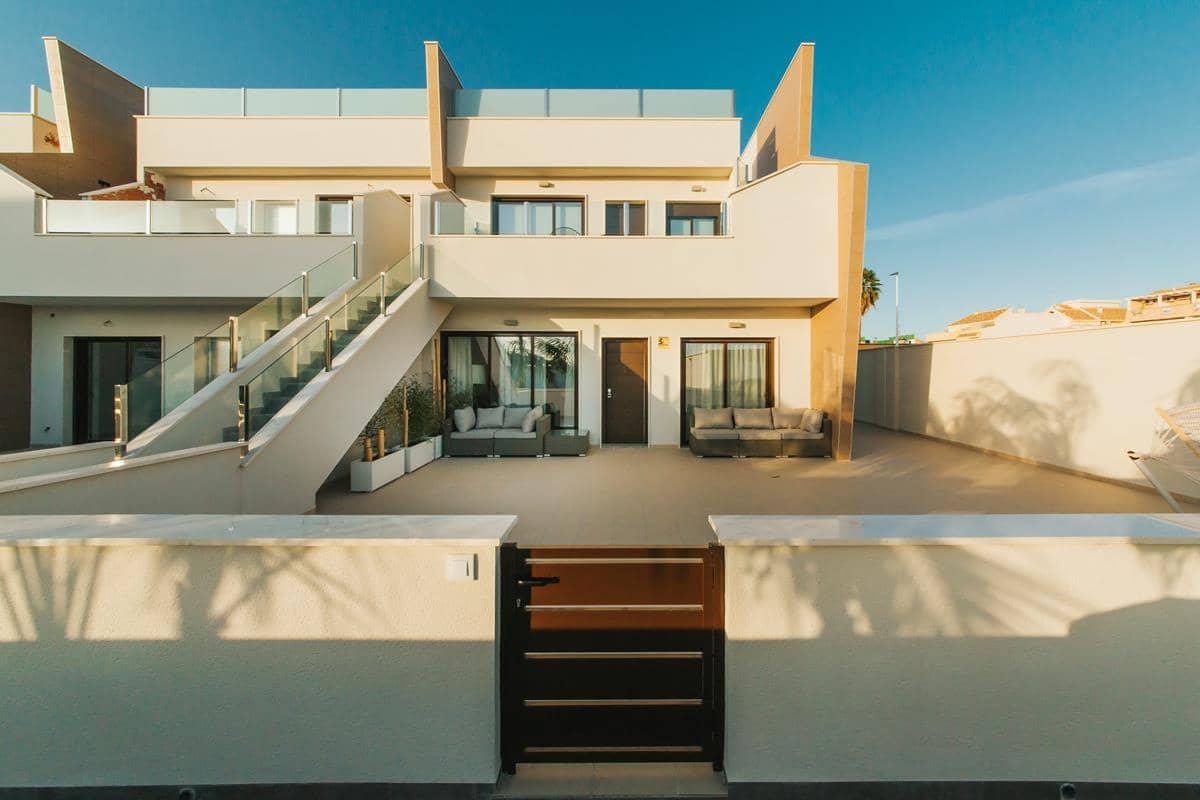 Bungalow de 2 habitaciones en Pilar de la Horadada en venta con piscina garaje - 168.900 € (Ref: 3568822)