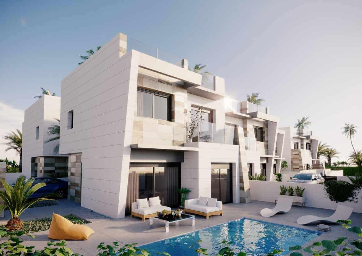 Chalet de 3 habitaciones en Benijófar en venta con piscina garaje - 279.000 € (Ref: 4468188)