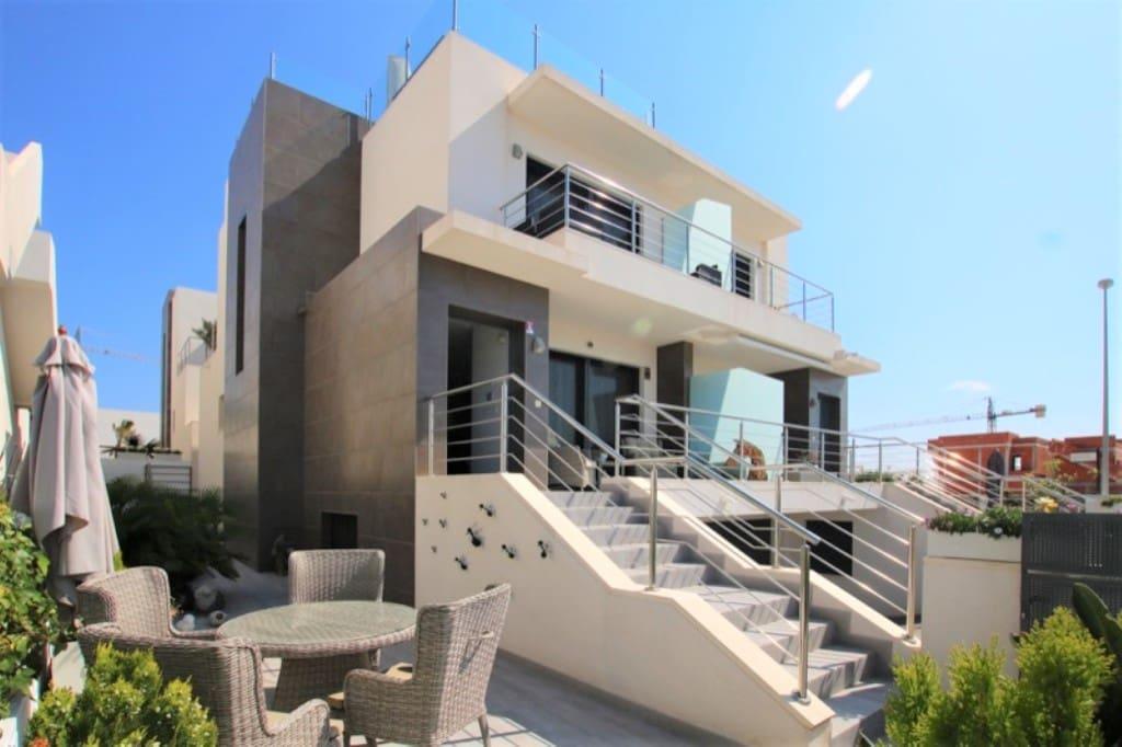 Chalet de 3 habitaciones en Benijófar en venta con piscina - 249.950 € (Ref: 4960277)