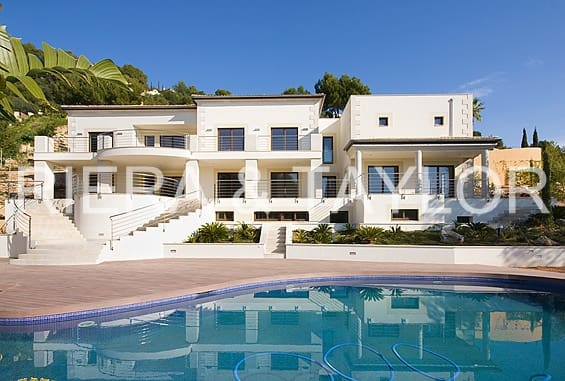 7 bedroom Finca/Country House for sale in Son Vida - € 4,950,000 (Ref: 5083048)