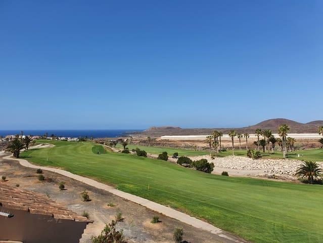 2 makuuhuone Kattohuoneisto myytävänä paikassa Amarilla Golf mukana uima-altaan - 295 000 € (Ref: 5292135)