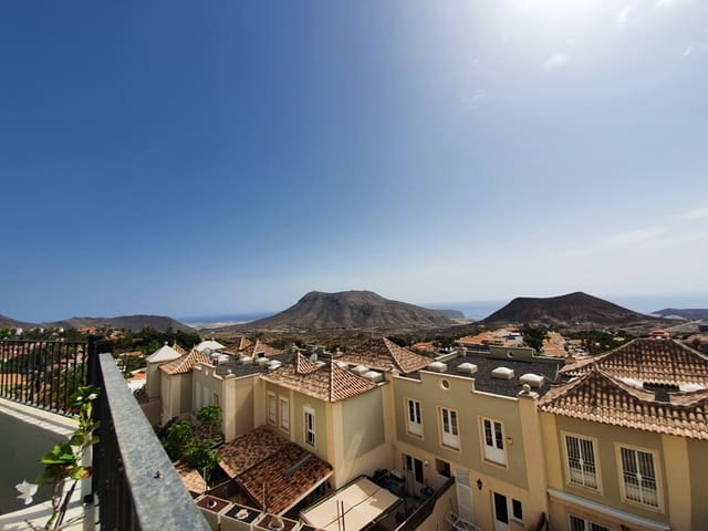 3 bedroom Townhouse for sale in Chayofa with garage - € 285,000 (Ref: 5606348)