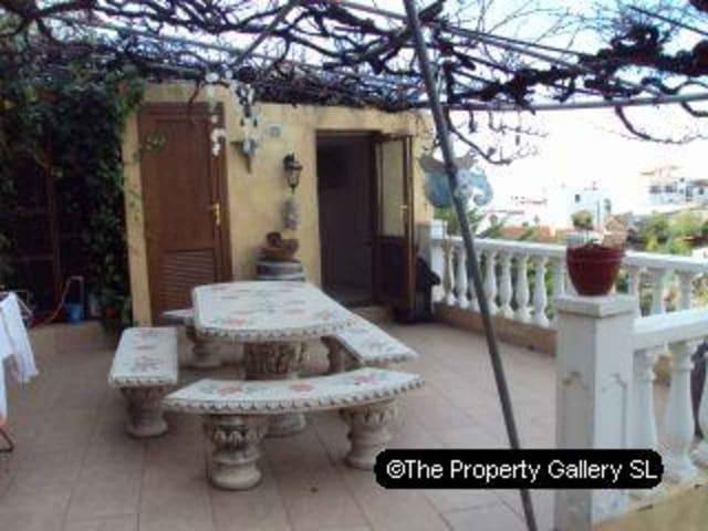 Casa de 3 habitaciones en Vilaflor en venta - 299.000 € (Ref: 1752203)