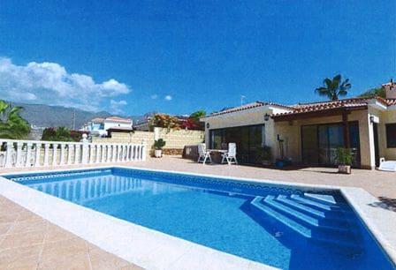 3 quarto Moradia para venda em Fanabe com piscina - 1 300 000 € (Ref: 3728614)