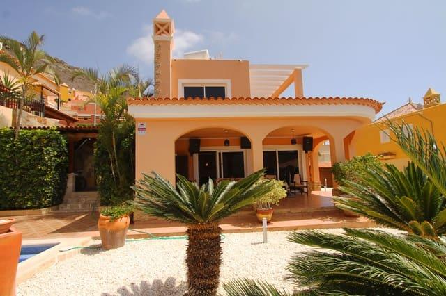 4 soveværelse Villa til salg i Torviscas med swimmingpool garage - € 950.000 (Ref: 4824634)