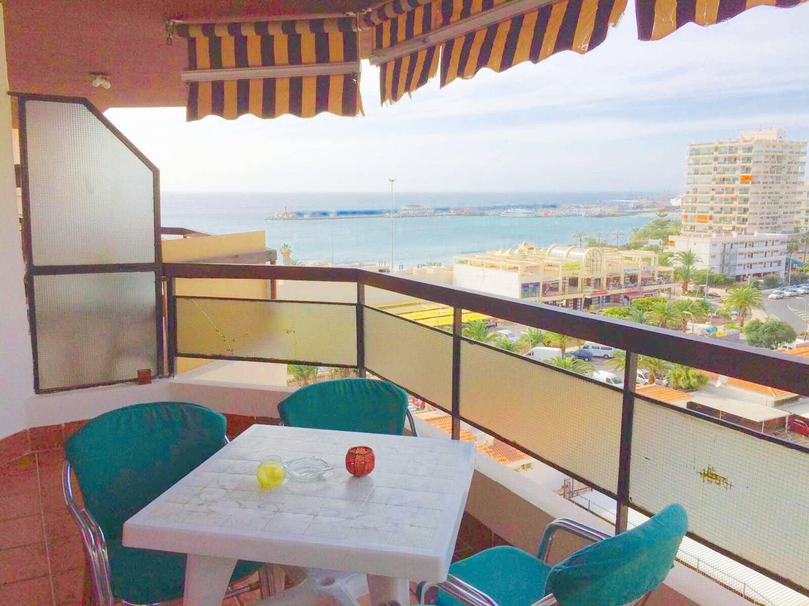 2 soveværelse Lejlighed til salg i Los Cristianos med swimmingpool - € 298.000 (Ref: 4986686)