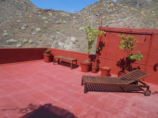 Casa de 3 habitaciones en Santa Cruz de Tenerife en venta - 159.000 € (Ref: 5621517)