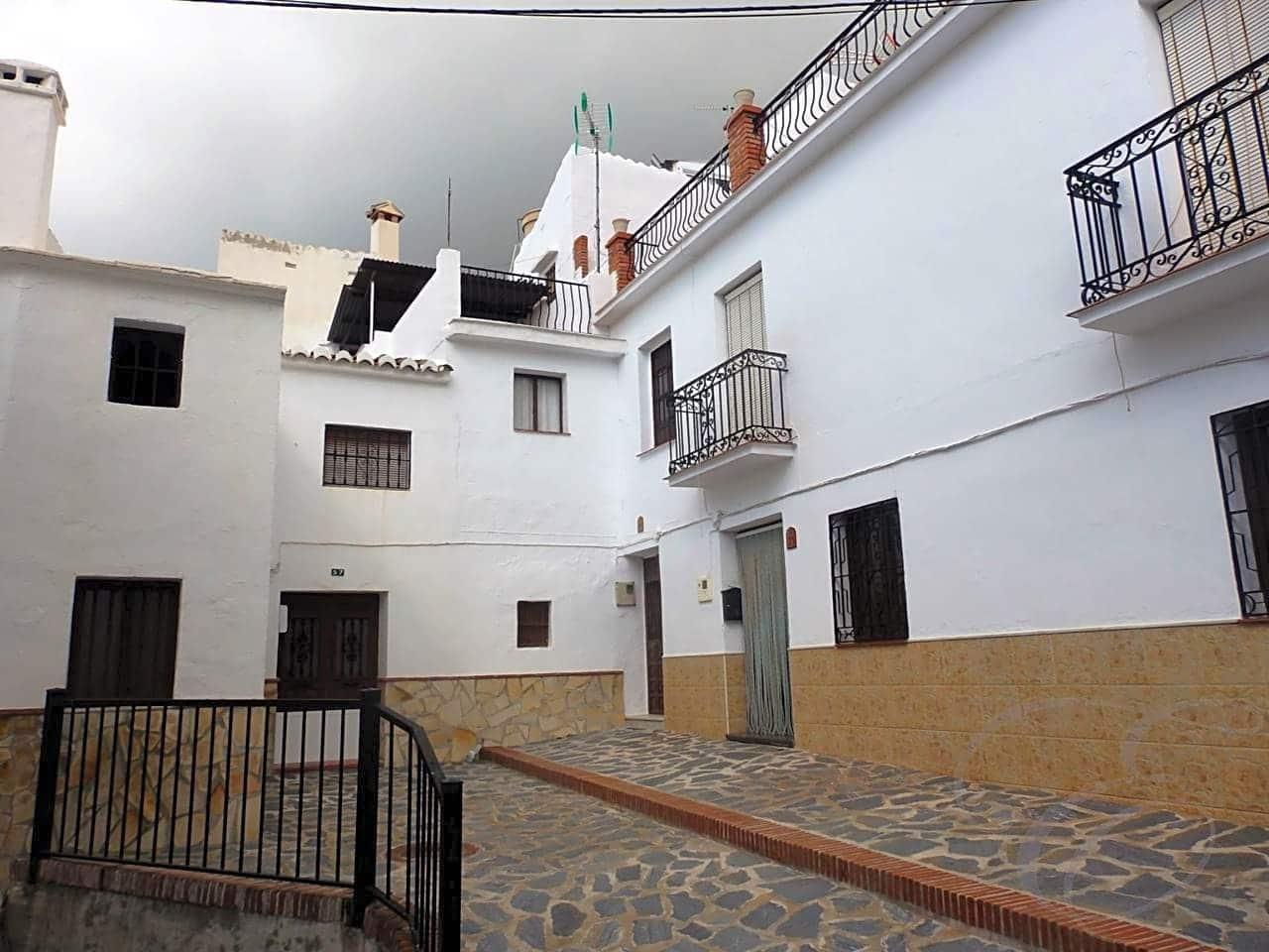 2 bedroom Villa for sale in Canillas de Aceituno - € 57,000 (Ref: 4667635)