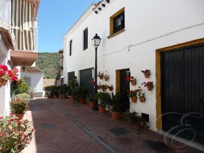 4 sovrum Villa till salu i Benagalbon - 100 000 € (Ref: 4667700)