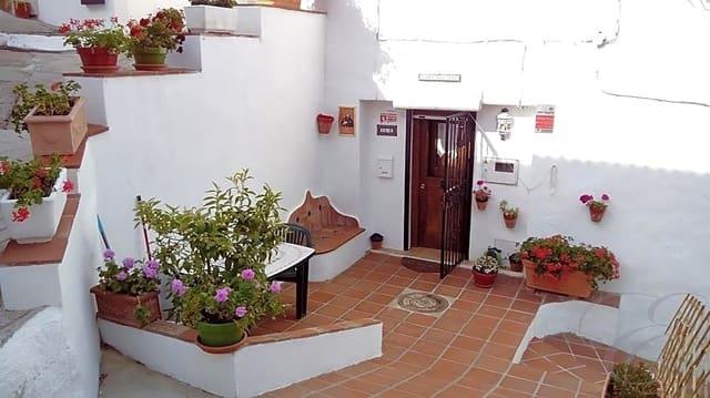 Chalet de 2 habitaciones en Cútar en venta - 75.000 € (Ref: 4667803)