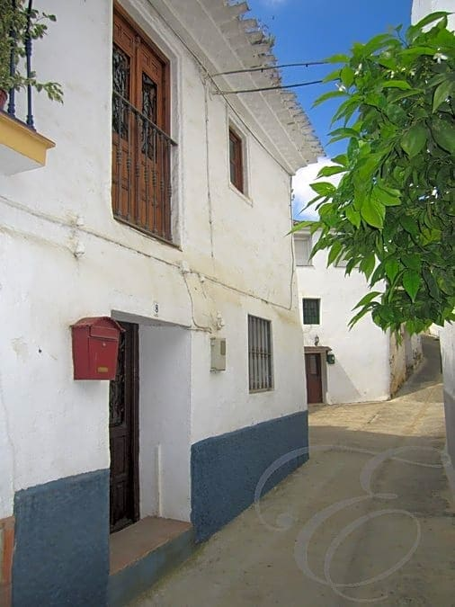 2 bedroom Villa for sale in Benamargosa - € 59,900 (Ref: 4667804)