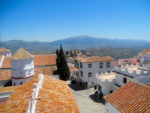 Apartamento de 2 habitaciones en Comares en venta - 59.500 € (Ref: 4860299)