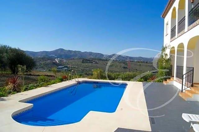3 chambre Appartement à vendre à Vinuela avec piscine garage - 159 000 € (Ref: 5405742)