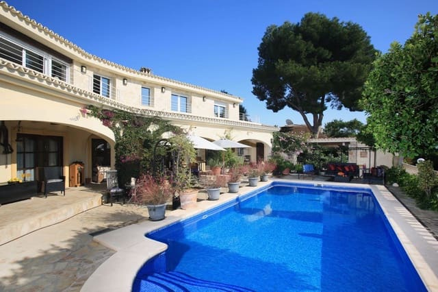 4 bedroom Commercial for sale in Calpe / Calp with pool garage - € 2,500,000 (Ref: 5622113)