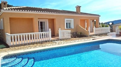 4 bedroom Bungalow for sale in Alcalali / Alcanali with pool - € 250,000 (Ref: 5115755)