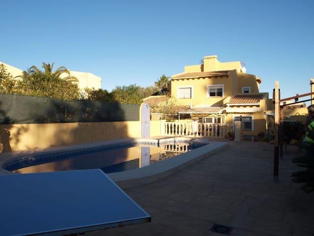 5 soverom Kjedet enebolig til salgs i La Nucia med svømmebasseng - € 330 000 (Ref: 3760934)