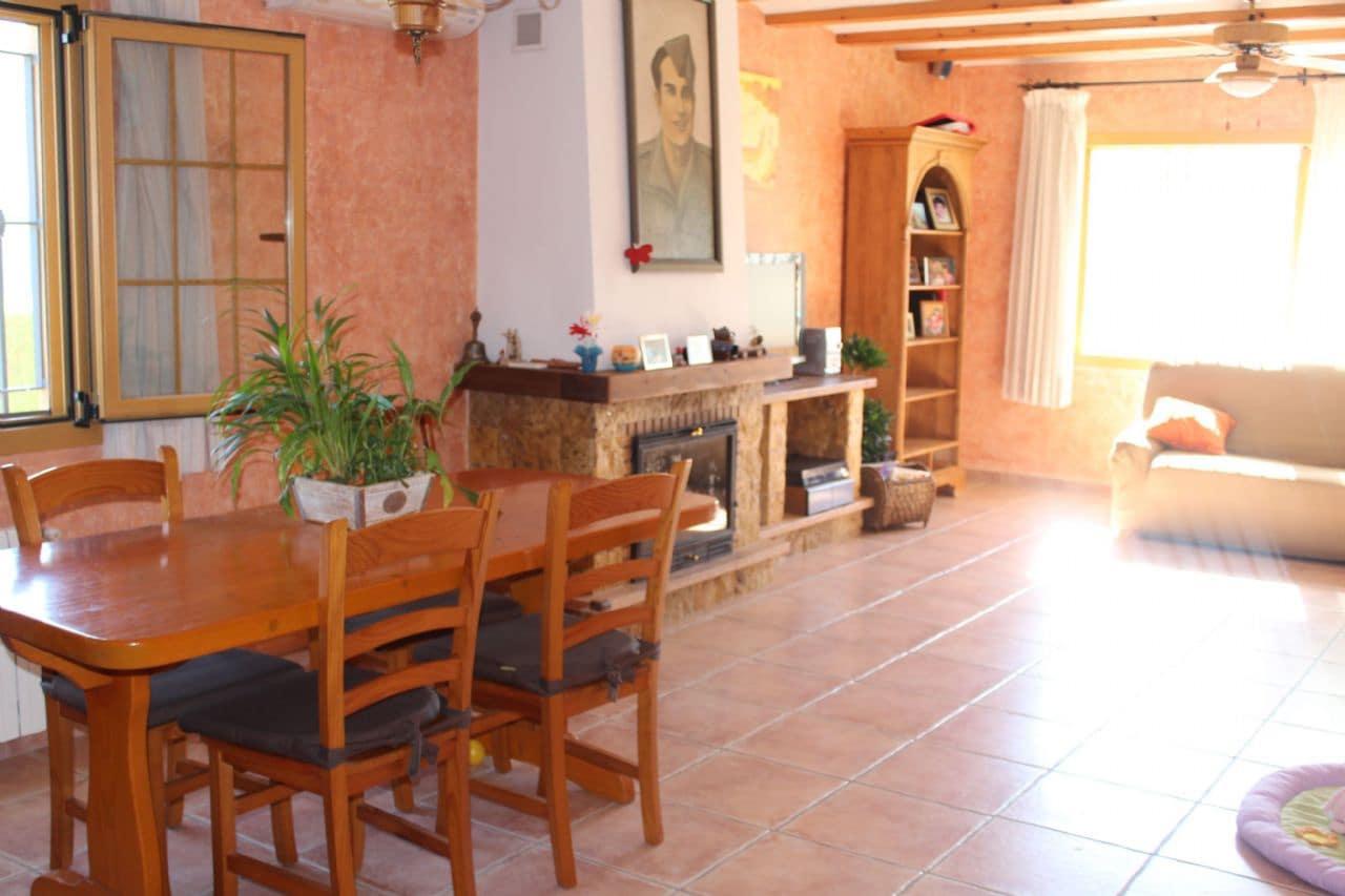 Chalet de 4 habitaciones en Polop en venta con piscina garaje - 296.000 € (Ref: 3790589)
