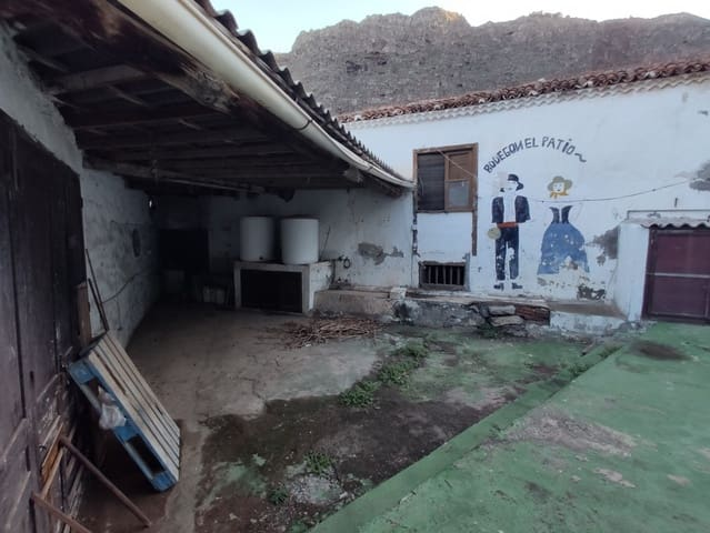6 bedroom Finca/Country House for rent in Agulo - € 1,500 (Ref: 6199509)