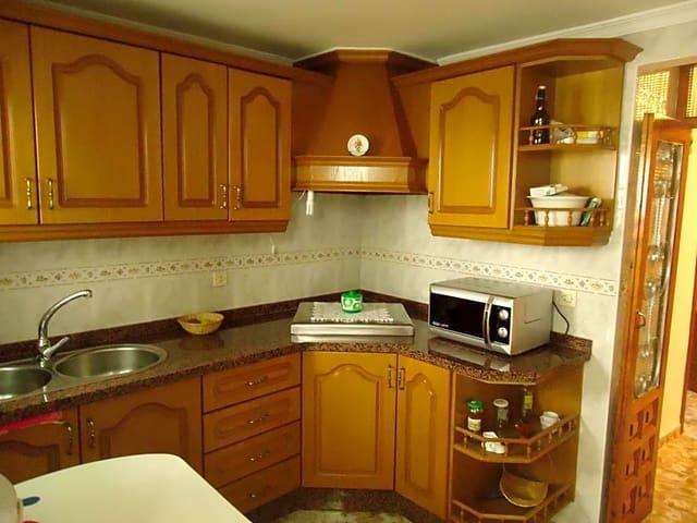 7 sovrum Villa till salu i Villanueva de Algaidas - 100 000 € (Ref: 5332357)