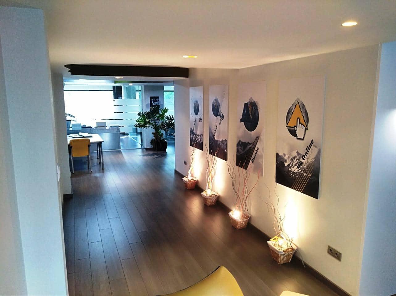 Bureau de 3 chambres à louer à Oliva - 900 € (Ref: 4686582)