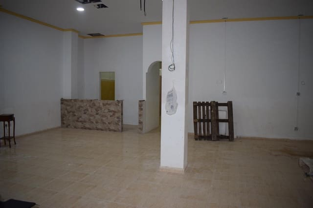 1 makuuhuone Yritys myytävänä paikassa Denia - 109 000 € (Ref: 5001188)