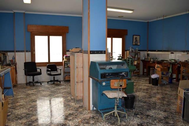 3 makuuhuone Yritys myytävänä paikassa Oliva - 80 000 € (Ref: 5167321)