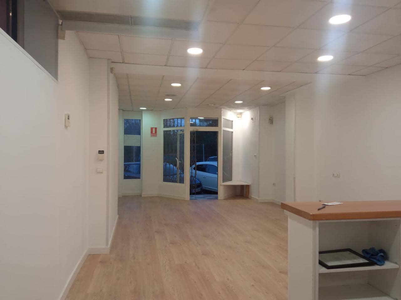 4 makuuhuone Yritys myytävänä paikassa Oliva - 126 000 € (Ref: 6258452)