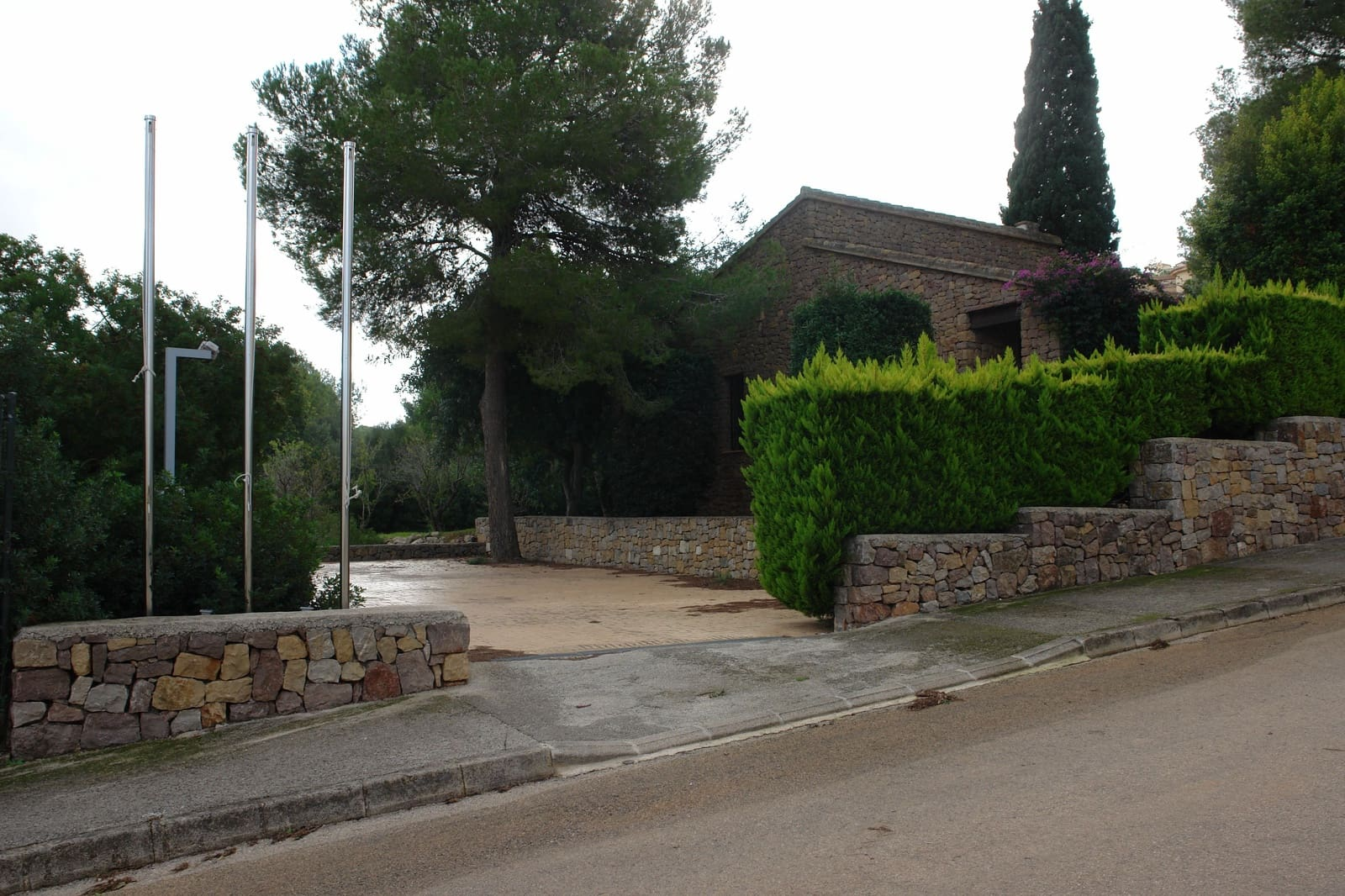 3 bedroom Office for rent in La Sella with garage - € 1,000 (Ref: 5711905)