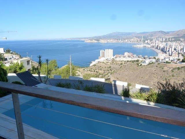 Chalet de 4 habitaciones en Benidorm en alquiler vacacional con piscina garaje - 5.000 € (Ref: 4050609)