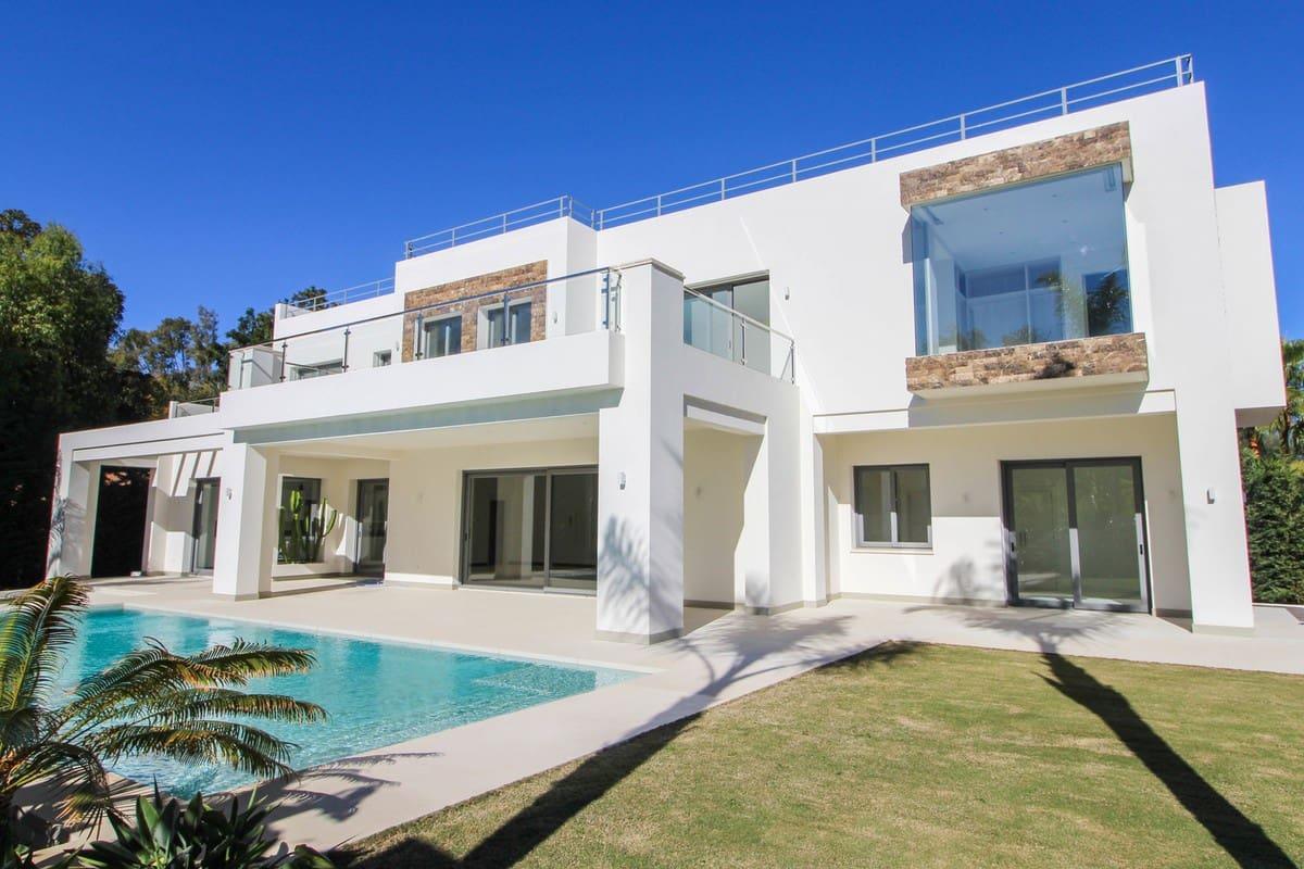 5 bedroom Villa for sale in Marbella with pool garage - € 3,350,000 (Ref: 3891454)