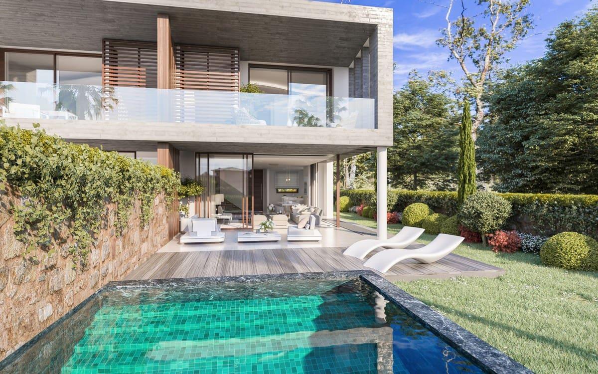 3 bedroom Semi-detached Villa for sale in Marbella with pool garage - € 1,125,000 (Ref: 4283870)