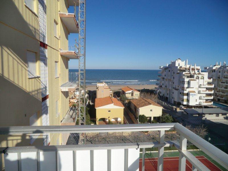 3 slaapkamer Strandappartement te huur in Xeraco - € 350 (Ref: 2857041)