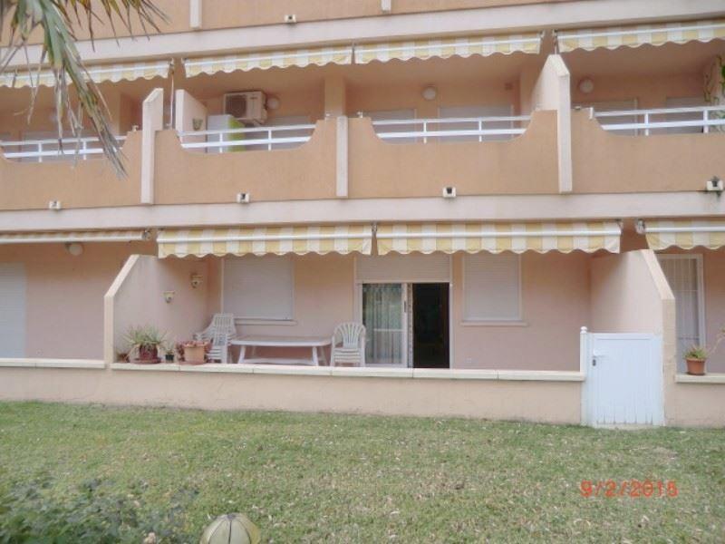 3 slaapkamer Strandappartement te huur in Xeraco met zwembad - € 500 (Ref: 2860234)