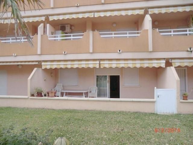 3 soveværelse Strandlejlighed til leje i Xeraco med swimmingpool - € 500 (Ref: 2860234)