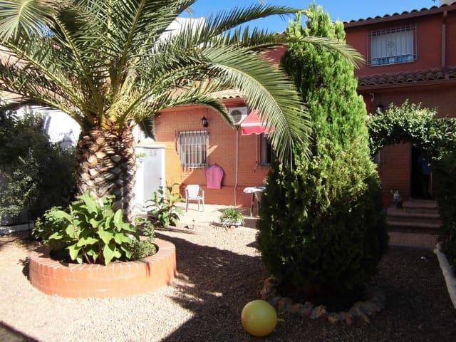 4 quarto Casa em Banda para venda em Villarrubia de los Ojos com garagem - 120 000 € (Ref: 3850197)
